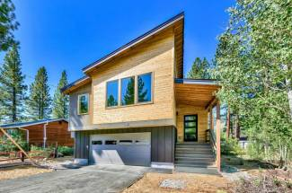 1012 Boulder Mountain Ct. South Lake Tahoe, CA 96150 El Dorado County