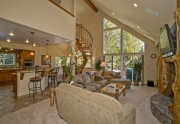 House for sale in South Lake tahoe great room