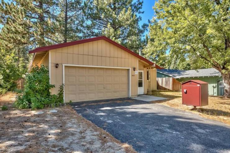 1434 Bozeman, South Lake Tahoe, CA 96150 El Dorado County
