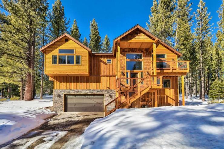 1694 Tionontati Street, South Lake Tahoe, CA 96150 El Dorado County