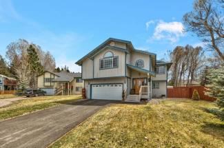 2194 Shasta Court South Lake Tahoe, CA 96150 El Dorado County