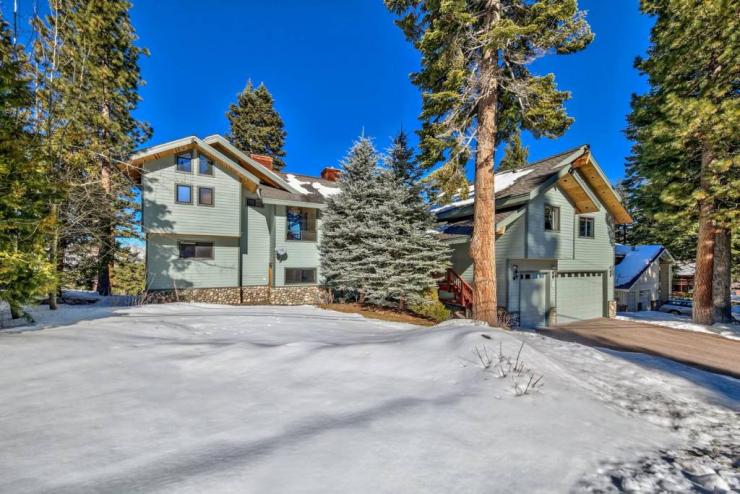 298 Uplands Way, South Lake Tahoe, CA 96150 El Dorado County