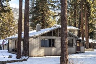 3376 Bruce Drive, South Lake Tahoe, CA 96150, El Dorado County