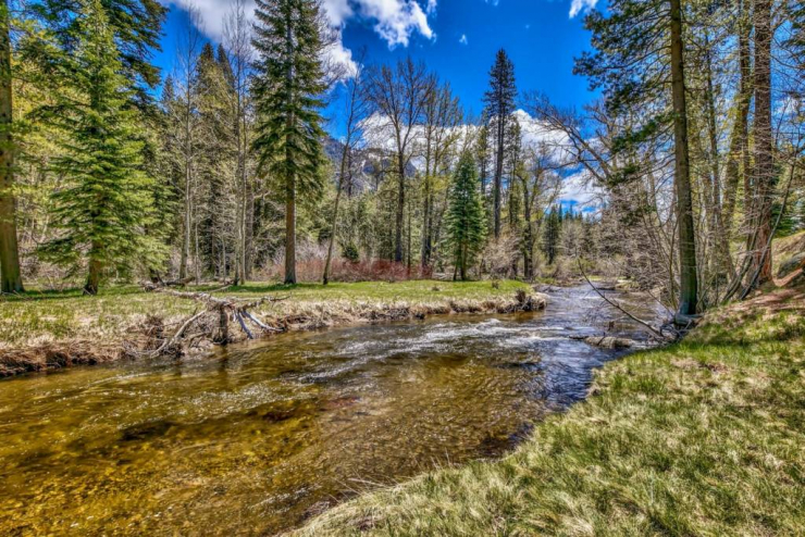 3445 E River Park, South Lake Tahoe, CA 96150 El Dorado County