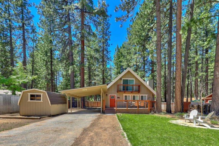 828 Julie, South Lake Tahoe, CA 96150 El Dorado County