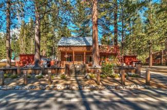 Lake View Cabin in Al Tahoe